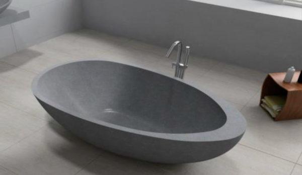 Bañera de terrazo ovalada en gris.