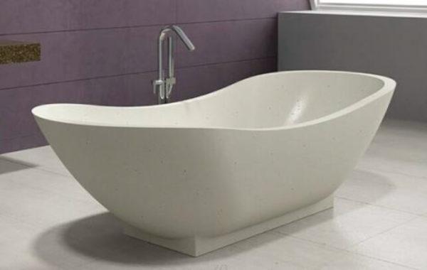 Bañera de terrazo curva en blanco