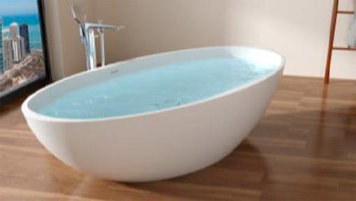 Bañera de terrazo blanca