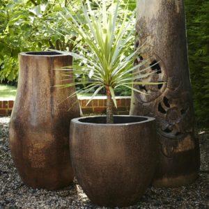 Vasijas de madera de coco