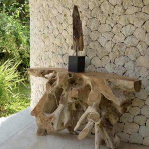 Consola de raíces de teca.