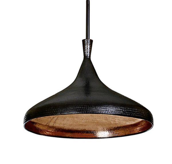 Lámpara negra de cobre hecha a mano.