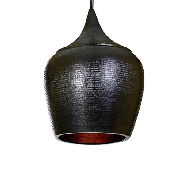 Lámpara negra de cobre.