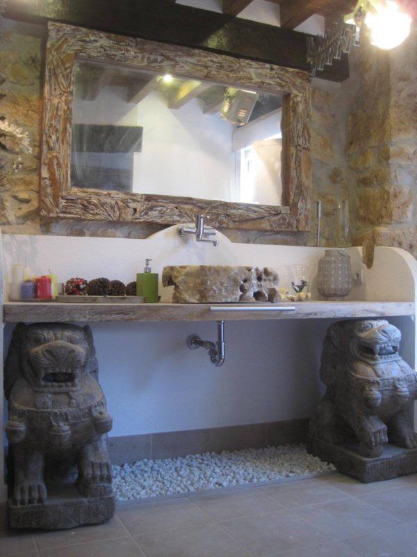 Leones de Fu para decoración de baño.