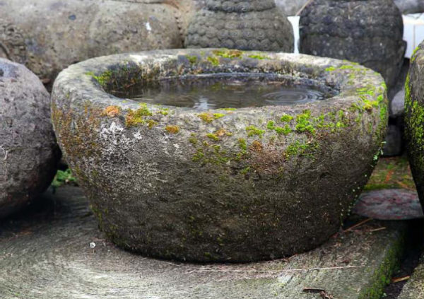 Macetero de piedra